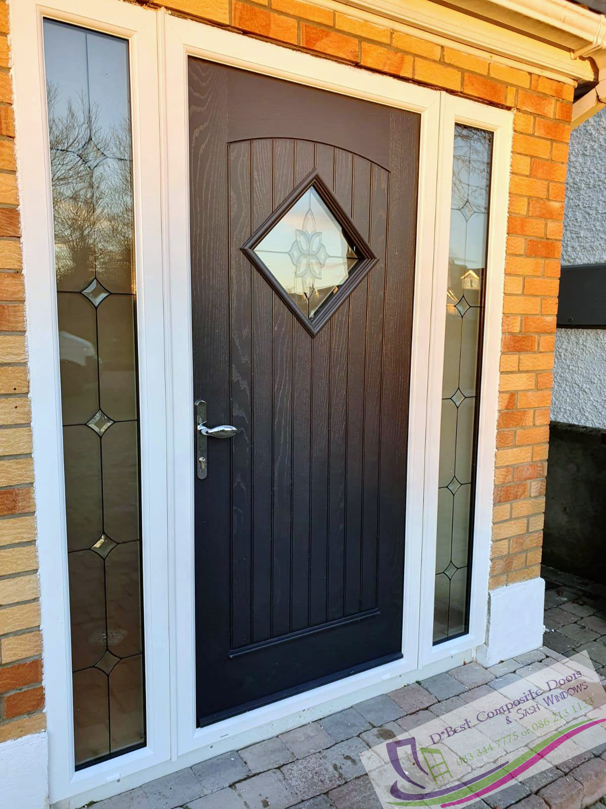 Fitted today in Dublin Edinburgh Door in Bog Oak with White Frame, Glass TG102, plus 2 side satinized tg102 panels, bright chrome hardware, pad lever handle Palladio Door Collection Low threshold 57mm, 77mm frame, 65mm thick door, bright chrome Pad Lever inline handle (it will open from outside) with all hardware in bright chrome
